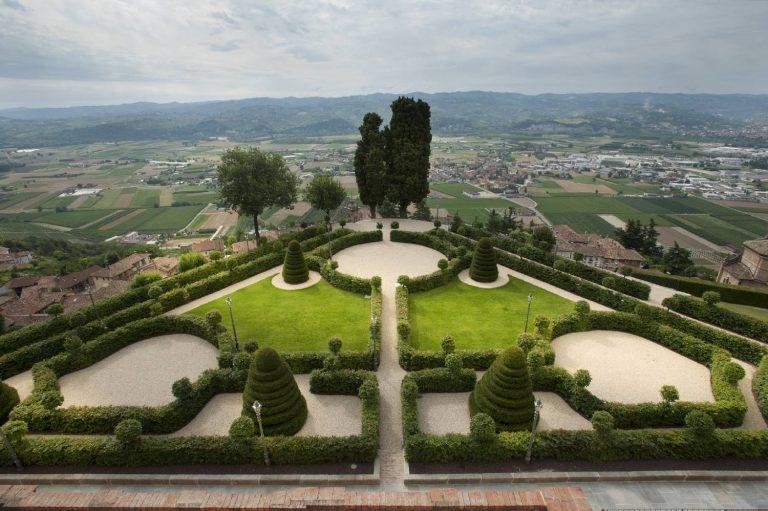 Castello-di-Guarene-Giardino-labirinto