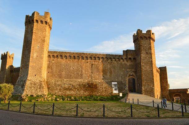montalcino-wine-fortress